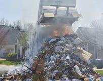 Le feu de camion à ordures photo libre de droits