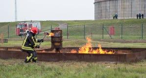 Le feu de pratique mis à feu image stock