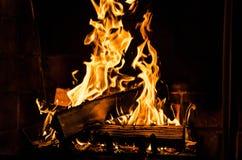 Le feu en cheminée photographie stock libre de droits