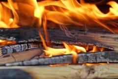 Le feu et braise images stock