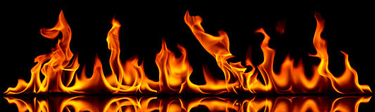 Le feu et flammes. Image stock