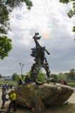 Le feu spiting de dragon de Cracovie photo stock