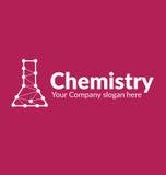 Le flacon chimique de silhouette de logo de calibre avec des lignes a relié des points sur le fond vinicole Image libre de droits