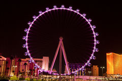 Le flambeur Ferris Wheel à Las Vegas, Nevada (nuit) Images stock