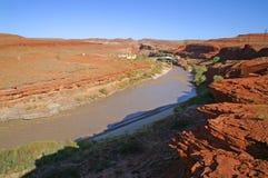 Le fleuve Colorado près de la vallée de monument photos libres de droits