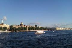 Le fleuve de Neva Photographie stock