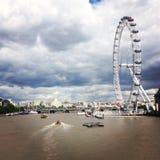Le fleuve la Tamise Photographie stock