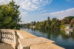Le fleuve Pô à Turin Image libre de droits
