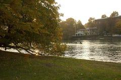 Le fleuve Pô en automne Photographie stock