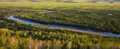 Le fleuve par un marais Photos stock