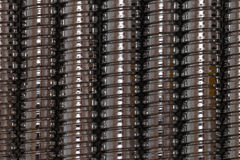 Le fond créé par le chrome brillant a plaqué des tuyaux de douche Photo stock