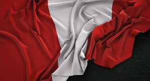 Le fond 3D de Peru Flag Wrinkled On Dark rendent Image libre de droits
