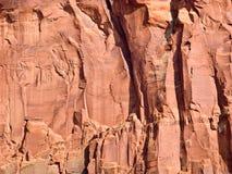 Le fond d'une butte dans le parc tribal de vallée de monument, Arizona. photo stock