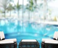Le fond et la piscine en bois 3d de dessus de Tableau rendent Photos stock