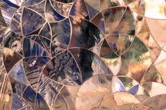 Le fond a formé par les morceaux en verre colorés jointifs ensemble comme a Photo libre de droits