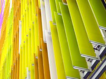 le fond intérieur de pente de feuille en plastique acrylique 45 degrés et orange Photographie stock libre de droits