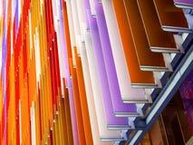 le fond intérieur de pente de feuille en plastique acrylique 60 degrés et orange Photographie stock