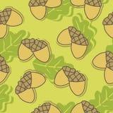 Le fond sans couture avec le chêne d'automne part et des glands images libres de droits