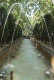 Le fontane in Royal Palace di La Almudaina fanno il giardinaggio Immagini Stock