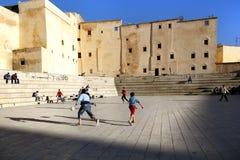 Le football à Fez Images libres de droits