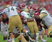 Le football 2012 de NCAA - temple d'USF @ Photos stock