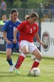 le football amical femelle u17 d'allumette de l'Autriche Italie Photographie stock libre de droits