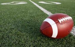 Le football avec les cinquante là-bas Photos libres de droits