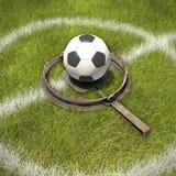 Le football dans le piège d'ours Image libre de droits