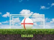 Le football de l'Angleterre sur le football ou le terrain de football Image libre de droits