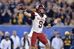 2014 le football de NCAA - le WVU-Oklahoma Images libres de droits