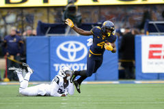 2014 le football de NCAA - TCU-WVU Photographie stock libre de droits