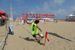 Le football de plage Photographie stock libre de droits