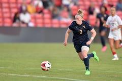 2015 le football des femmes de NCAA - le WVU-Maryland Image libre de droits