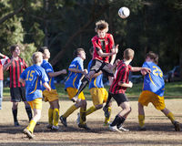 Le football du football folâtre la jeunesse Photos stock