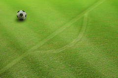 Le football du football sur la penalty Photographie stock