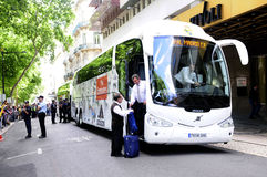 Le football professionnel Team Bus de Real Madrid Photographie stock libre de droits