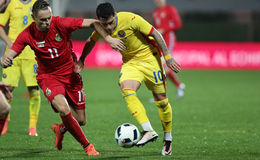 Le FOOTBALL - ROUMANIE contre lithuania Photos libres de droits