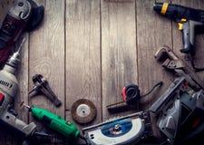 Le foret électrique de tournevis d'outils de bricolage a vu le jointer denteux compléter v Photographie stock