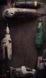 Le foret électrique de tournevis d'outils de bricolage a vu le jointer denteux compléter v Photo libre de droits