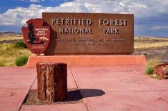 Le formazioni rocciose in canyon rosso parcheggiano nell'Utah. Immagini Stock Libere da Diritti