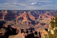 Le formazioni rocciose rosse a Grand Canyon abbelliscono all'orlo del sud, Arizona Fotografia Stock
