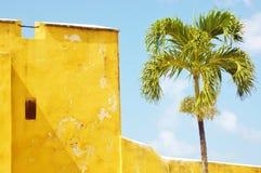 Le fort hristiansted le croix de St nous vue exotique des Îles Vierges Photographie stock libre de droits