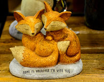 Le Fox lient avec amour Photo libre de droits