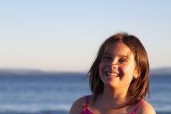 le för flicka Arkivfoto