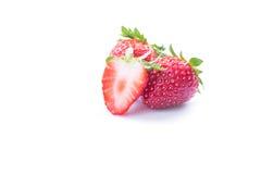 Le fragole si chiudono su su bianco Immagini Stock