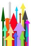 Le frecce variopinte differenti hanno diretto verso l'alto su fondo bianco Immagine Stock