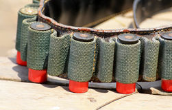 Le fusil rouge de balles Photos libres de droits