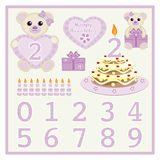 Le gâteau d'anniversaire et le bébé mignon de vecteur de bougie soutient l'illustration de vecteur avec le coeur et numérote le v illustration stock