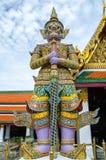 Le géant dans Emerald Buddha photographie stock