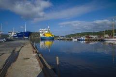 Le géant de la Mer du Nord de système mv amarré au dock au port de halden, ni Images libres de droits